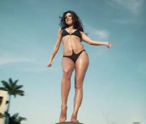 Inna : Cola Song, un single latin illustré par un clip 100% sexy