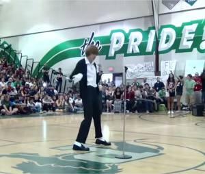 Michael Jackson : Brett Nichols, un jeune lycée américain, l'imite comme personne