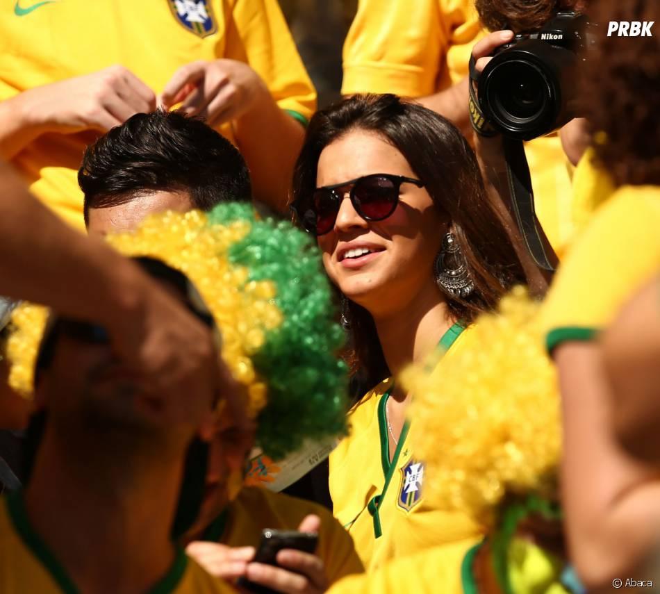 Bruna Marquezine : l'ex de Neymar dans les tribunes du Mondial 2014
