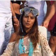 Karine Ferri dans la mer pour relever l'Ice Bucket Challenge lancé par Nikos