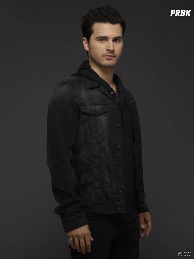 Vampire Diaries saison 6 : Michael Malarkey sur une photo promo