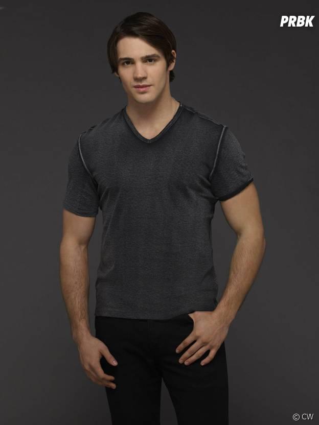 Vampire Diaries saison 6 : Steven R. McQueen sur une photo promo