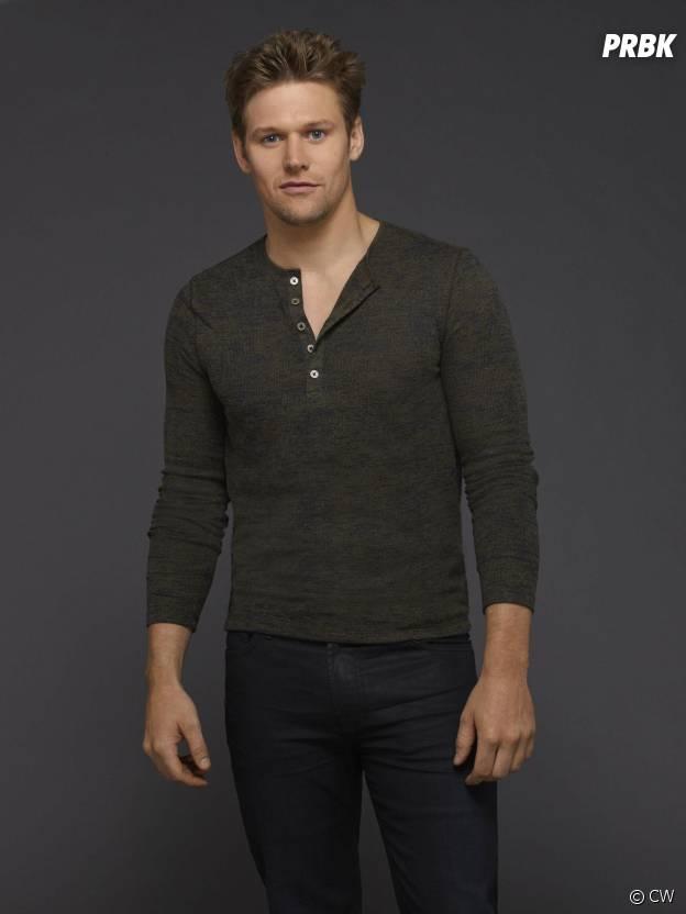 Vampire Diaries saison 6 : Zach Roerig sur une photo promo