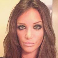 Julia (Friends Trip) accusée d'être une menteuse, elle se défend sur Twitter
