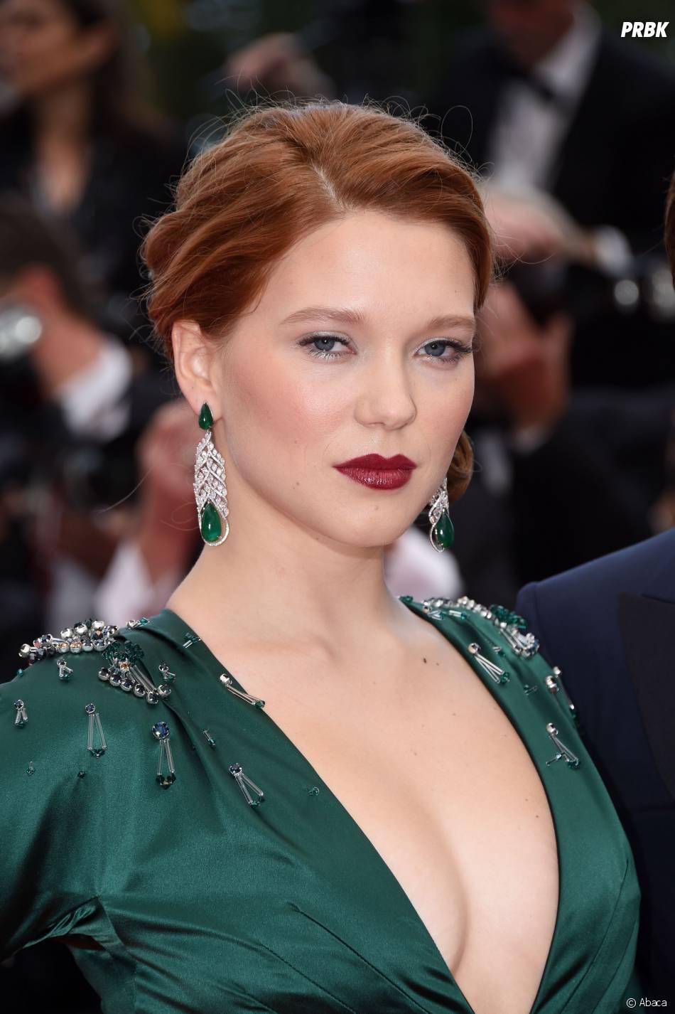 Léa Seydoux décolletée sur le tapis rouge du Festival de Cannes 2014
