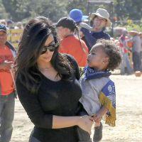 Kim Kardashian et North à la recherche d'une citrouille pour Halloween