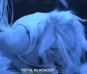 Tressia (Les Ch'tis dans la Jet Set) : crise de panique dans Total Blackout