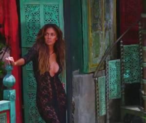 Nicole Scherzinger décolletée pour la promo de son nouvel album