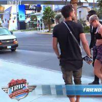 Justine (Friends Trip) dans la peau de Miley Cyrus pour une épreuve