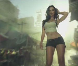 Call of Duty Advanced Warfare : Emily Ratajkowski et l'acteur Taylor Kitch prennent part au combat