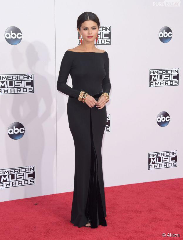 Selena Gomez aux American Music Awards 2014 le 23 novembre 2014