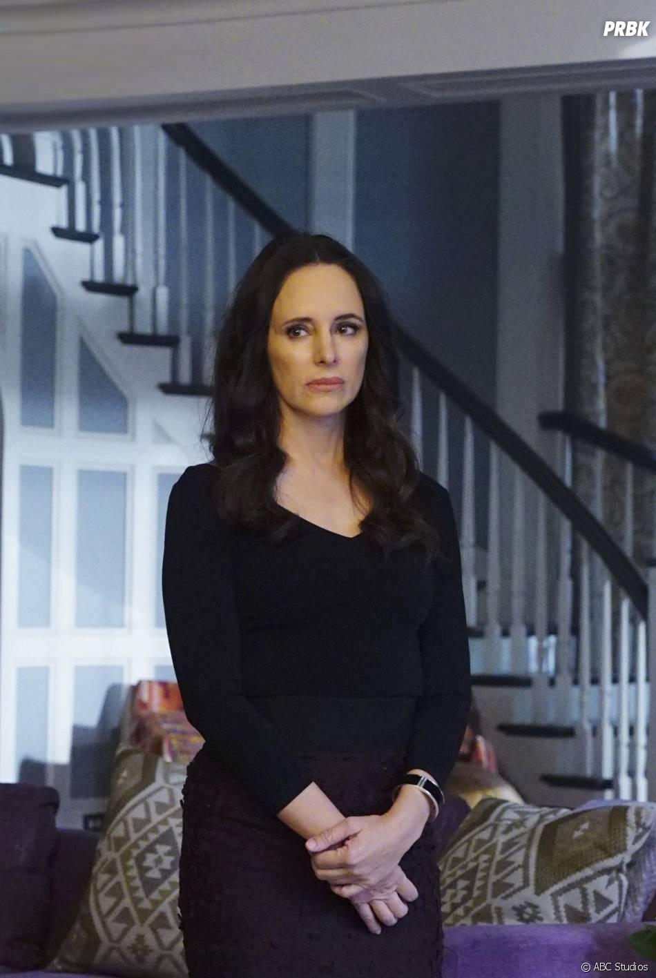 Revenge saison 4, épisode 11 : Madeleine Stowe sur une photo