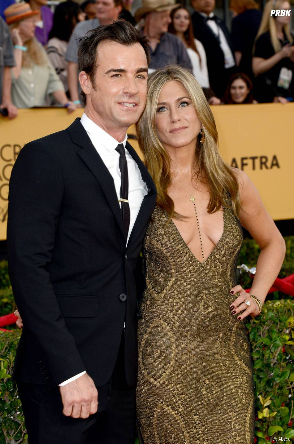 Jennifer Aniston sexy et son fiancé Justin Theroux aux SAG Awards 2015, le 25 janvier 2015 à Los Angeles