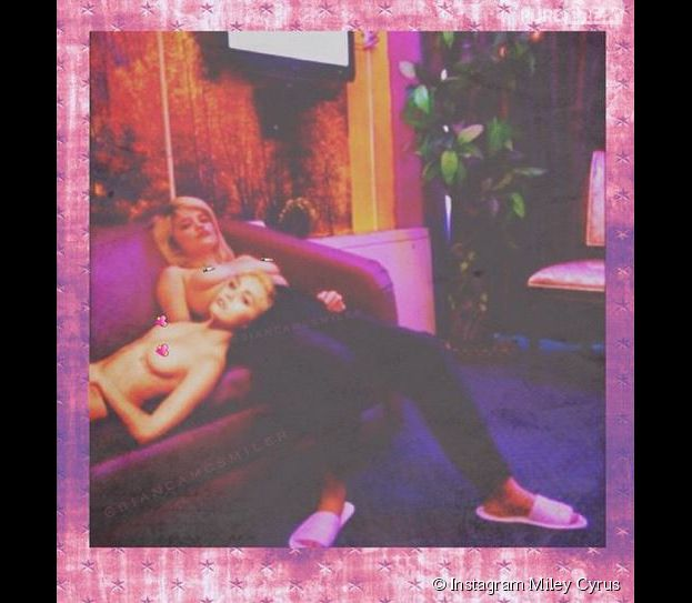 Miley Cyrus et Sky Ferreira topless sur Instagram en janvier 2015