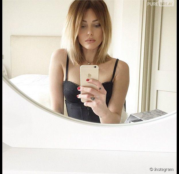 Caroline Receveur sexy sur Instagram le 7 février 2015