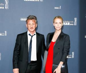 Sean Penn et Charlize Theron sur le tapis rouge des César 2015 au théâtre du Châtelet à Paris, le 20 février 2015