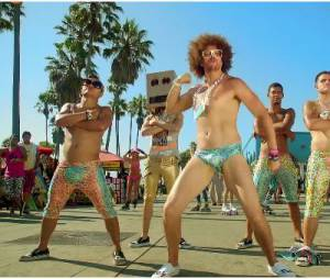 Redfoo en slip dans le clip de Sexy and I Know It de LMFAO