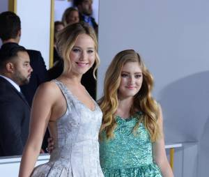 Willow Shields et Jennifer Lawrence à l'avant-première d'Hunger Games 3, le 17 novembre 2014 à Los Angeles