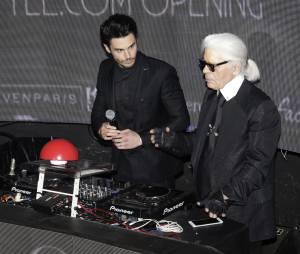 """Baptiste Giabiconi et Karl Lagerfeld pour le lancement du site """"Giabiconi Style"""""""