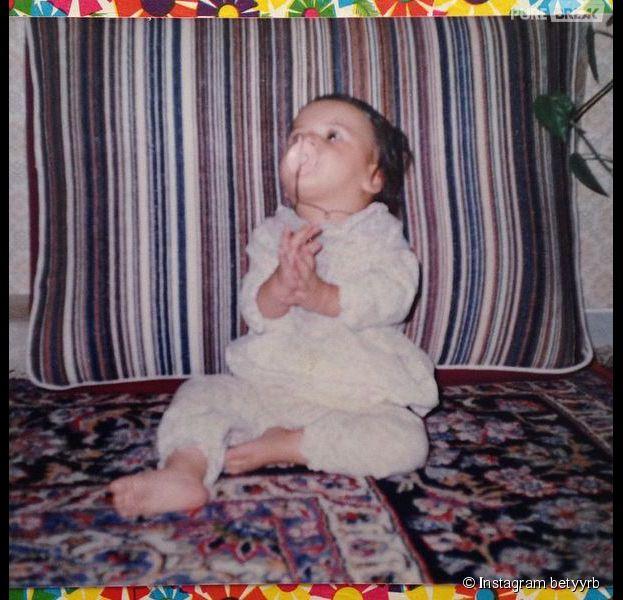 Les Anges 7 : Somayeh dévoile une photo d'elle bébé