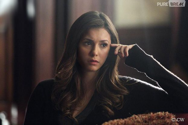 The Vampire Diaries saison 6 : Elena / Nina Dobrev s'en va, les fans en colère contre Julie Plec