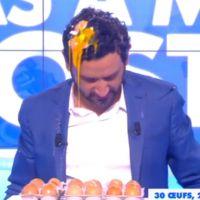 Cyril Hanouna roi des défis : shampoing aux oeufs et bain de semoule délirants dans TPMP