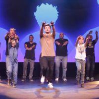 Kev Adams : gros flashmob à venir, il vous apprend la chorégraphie délirante