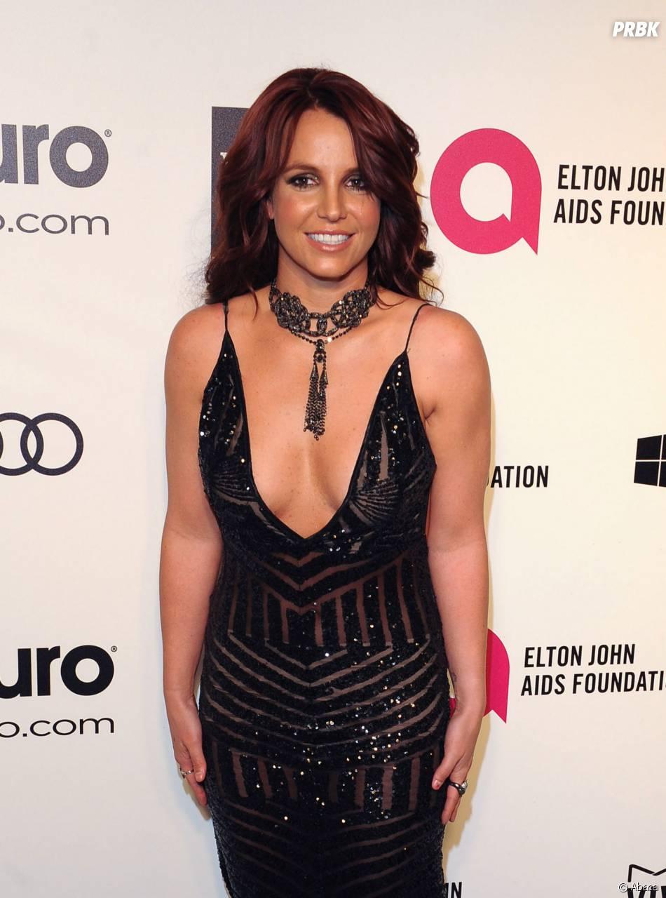 Britney Spears dans le top 100 des femmes les plus sexy de 2015