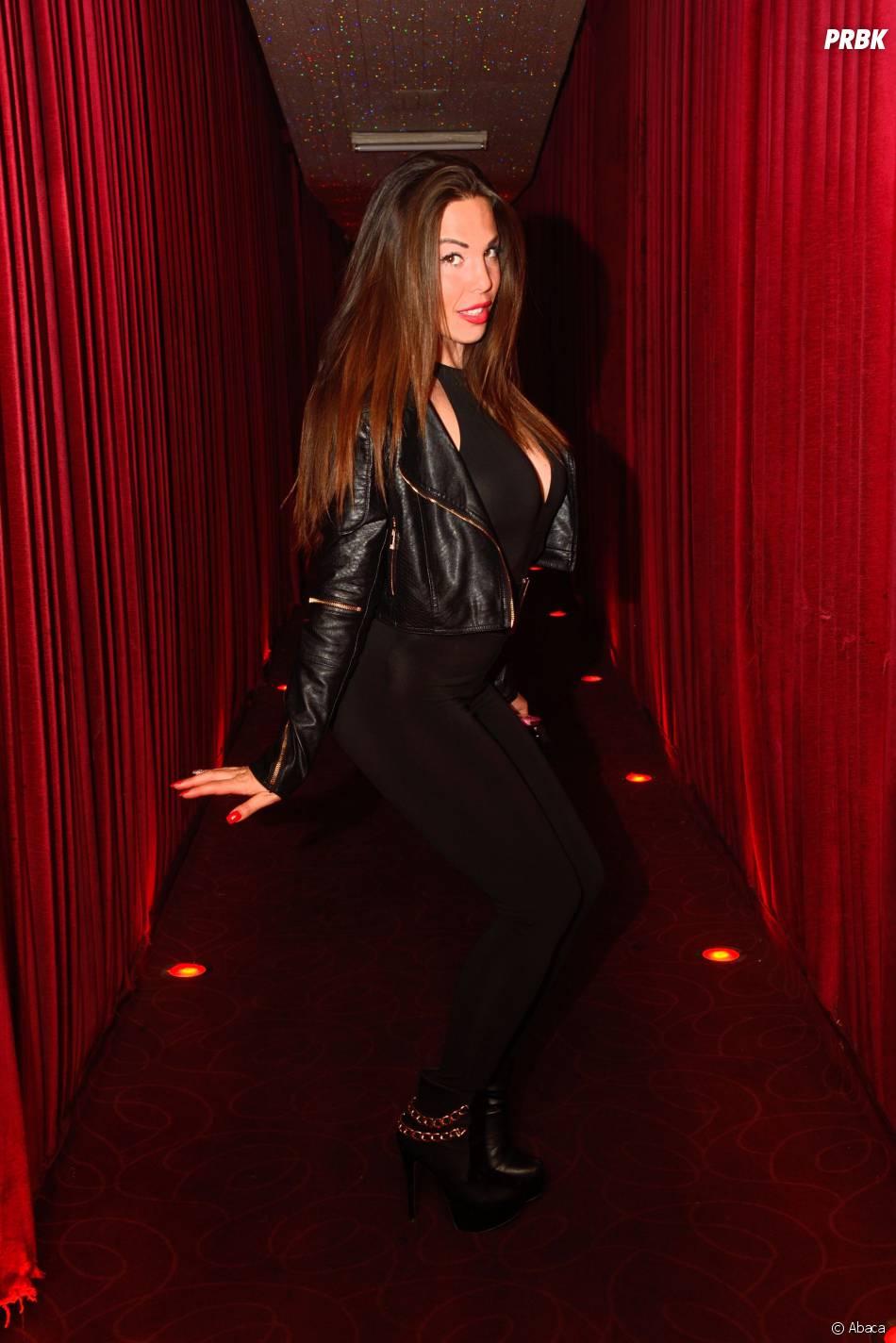Les Marseillais en Thaïlande : Kim sexy   Chez Papillon, le 5 mai 2015, à Paris
