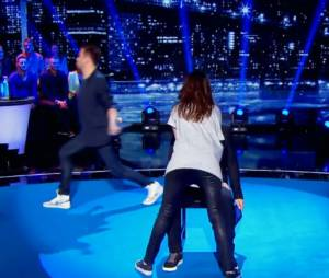 Karine Ferri : danse ultra sexy dans Vendredi tout est permis