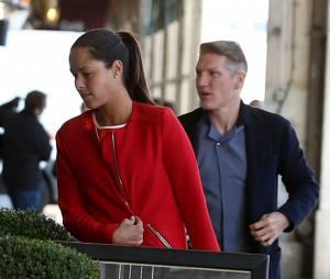 Ana Ivanovic etBastian Schweinsteiger en couple : balade dans les rues de Paris, le 1er juin 2015