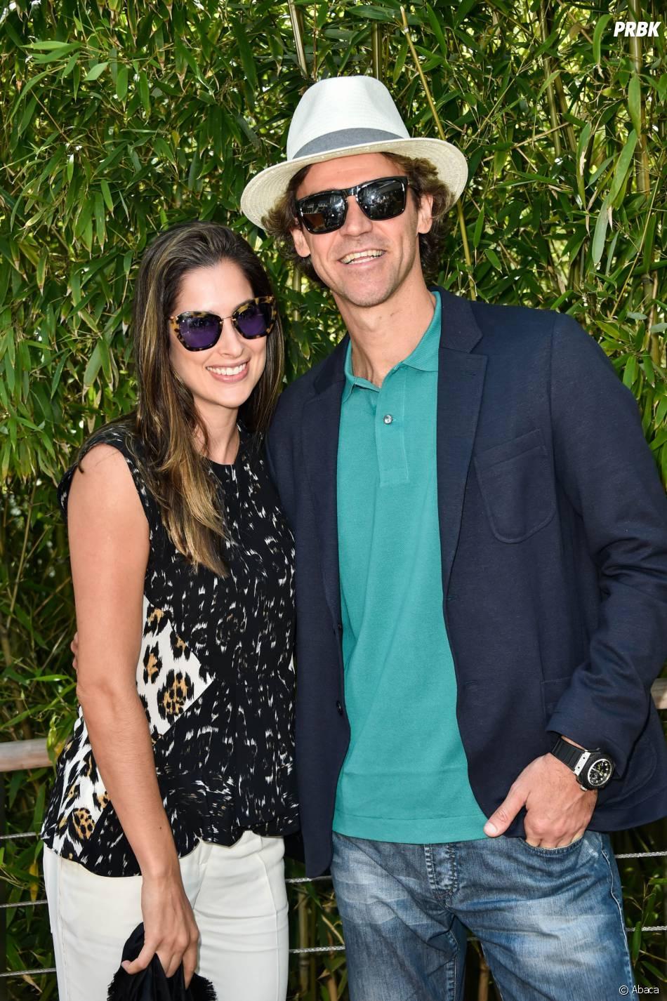 Gustavo Kuerten et sa femme Mariana Soncini à Roland Garros le 7 juin 2015