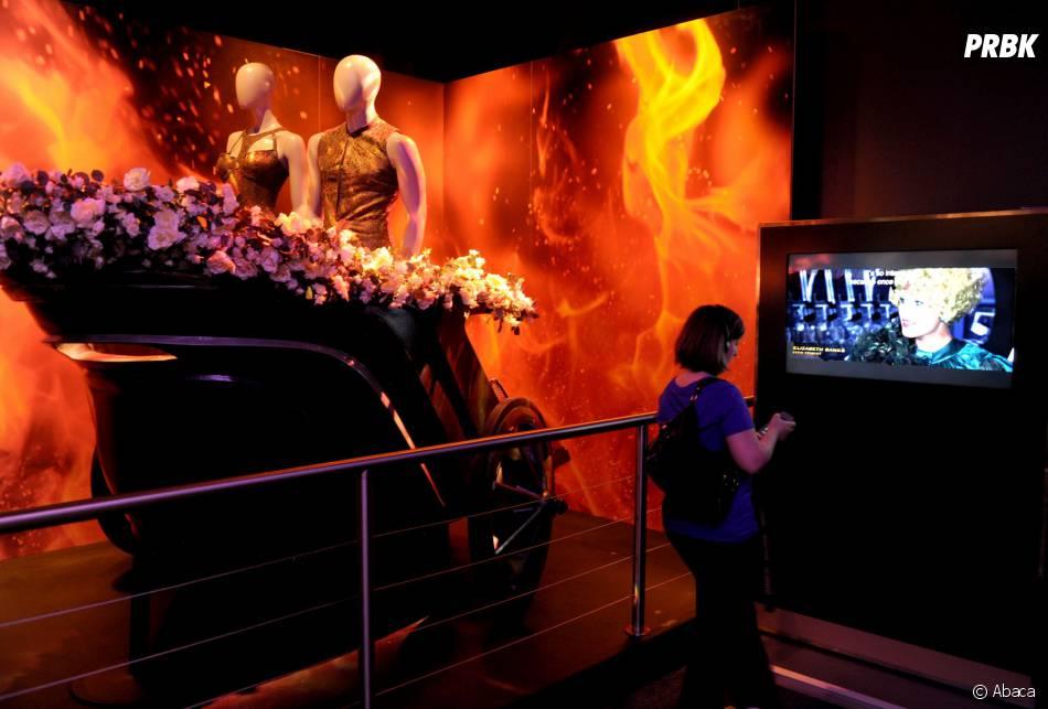 Hunger Games : les costumes et le chariot du premier film à l'exposition à New York