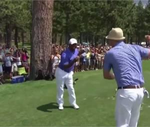 Justin Timberlake et Alfonso Ribeiro : danse à la carlton en plein tournoi de golf American Century Celebrity, le 17 juillet 2015