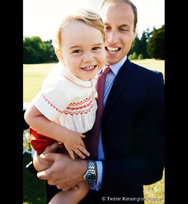Le Prince William et le Prince George prennent la pose