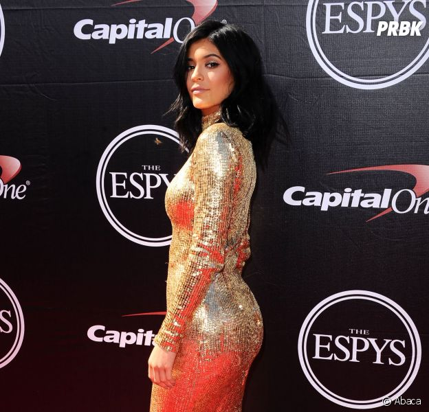 Kylie Jenner : le secret de ses fesses ? Pas de chirurgie esthétique, juste une crème miracle