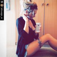 Emilie Nef Naf sexy sur Instagram : elle craque pour des tatouages éphémères