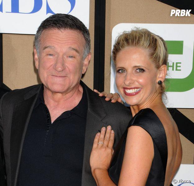 Robin Williams et Sarah Michelle Gellar : quelques mois avant la mort de l'acteur, ils jouaient le père et la fille sur le tournage de la série The Crazy Ones