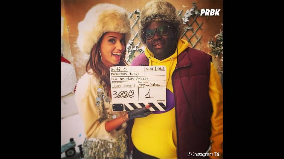 Tal et Issa Doumbia sur le tournage de Nos chers voisins