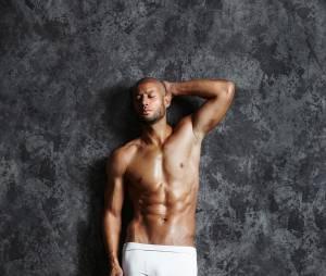 Xavier Delarue en boxer pour un shooting de Jean-Luc Michon