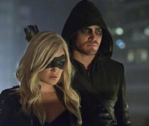 Arrow : Sara est mort mais reviendra dans Legends of Tomorrow