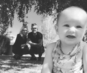 Steven (Les Anges 7) : la photo de famille cute avec Lyvia