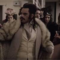 Vampires en toute intimité : la future comédie culte d'Halloween se dévoile dans une bande-annonce