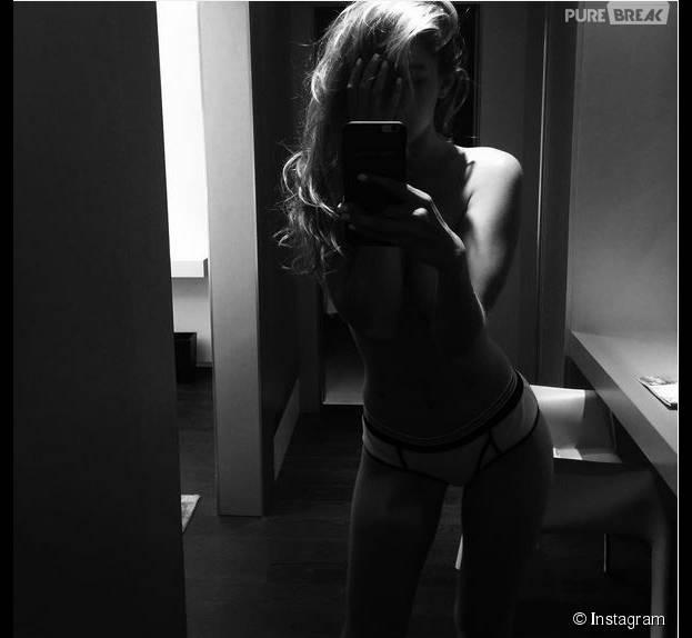 Gigi Hadid sexy : topless et en culotte sur Instagram, le 25 septembre 2015