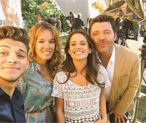 Rayane Bensetti, Elodie Fontan, Philippe Lellouche et Lucie Lucas sur le tournage de la saison 6 de Clem