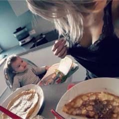 Stéphanie Clerbois : maman très décolletée avec son petit Lyam