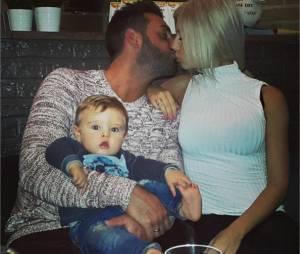 Stéphanie Clerbois, son fils Lyam et son compagnon Eric