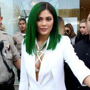 Kylie Jenner : retour des cheveux verts avant de casser Internet avec son kit de make up