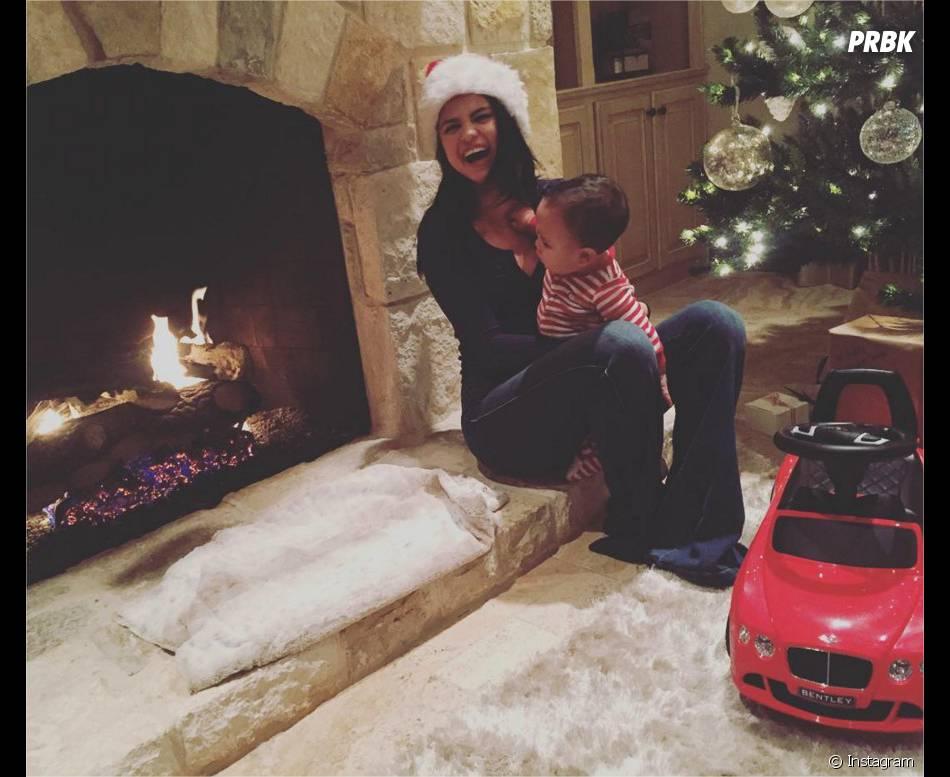 Selena Gomez fête Noël sur Instagram