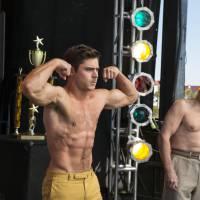Zac Efron dans Dirty Papy : pourquoi il est encore plus sexy qu'à l'époque de High School Musical